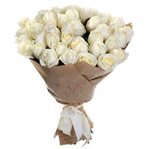 Купить на заказ Букет из 35 белых роз с доставкой в Сатпаеве