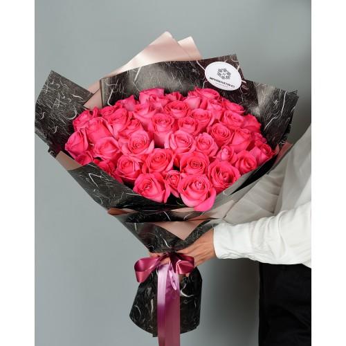 Купить на заказ Букет из 51 розовых роз с доставкой в Сатпаеве