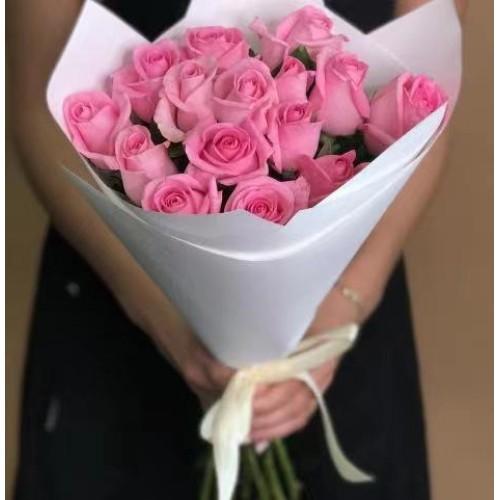 Купить на заказ 15 розовых роз с доставкой в Сатпаеве